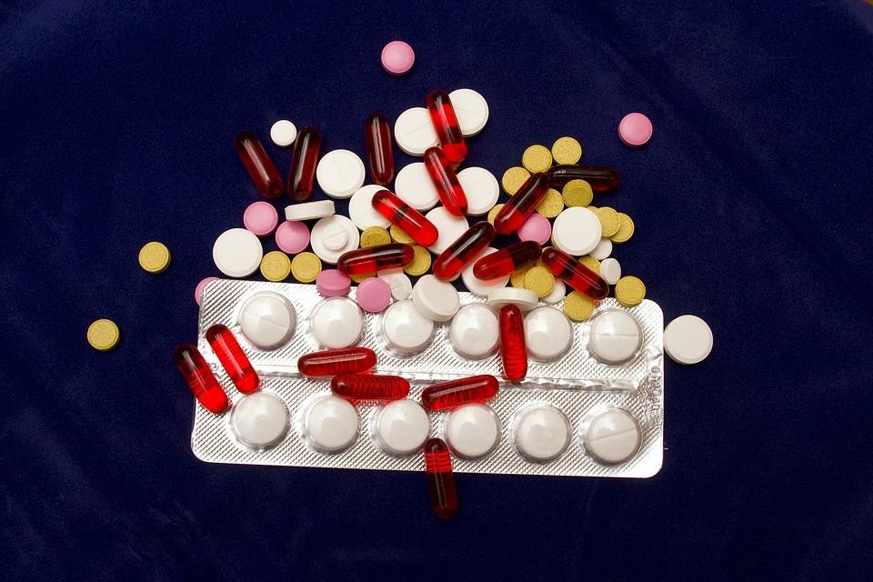 Le dioxyde de titane même dans les médicaments !