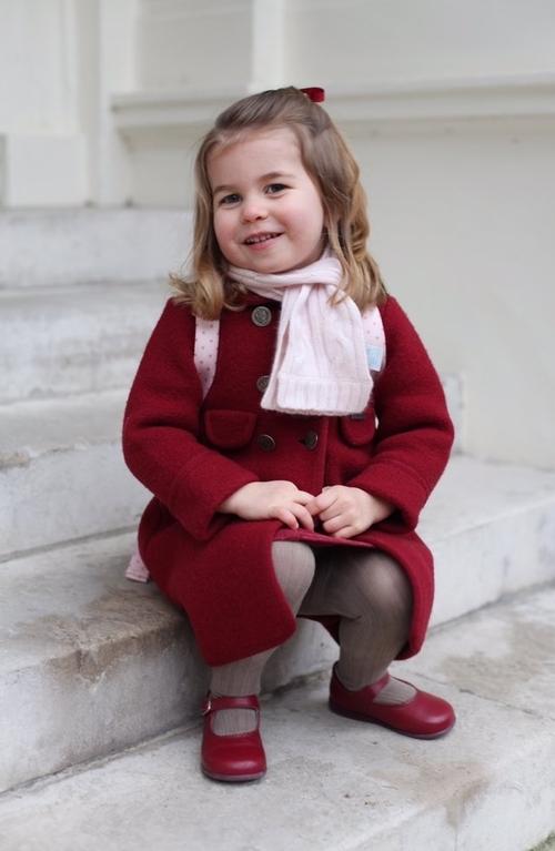 Charlotte - 1er jour à son école/nursery