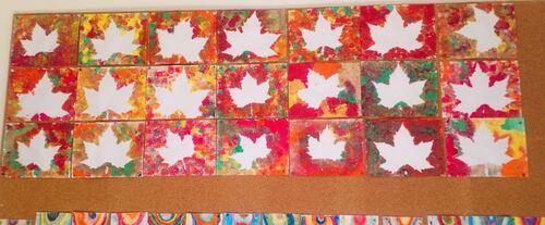 Empreintes de feuilles d'automne