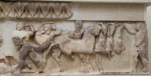 Le musée des fouilles à Delphes (2)