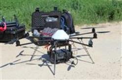 Survol d'un drone dans le cadre des prospections pour le château