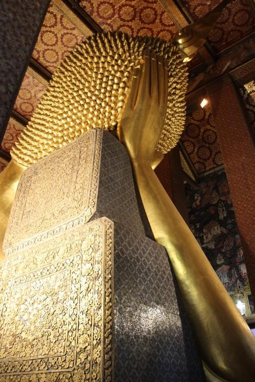 Le Bouddha couché du Wat Pho (Bangkok)