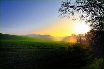 Ciel d'automne : bleu voilé ...