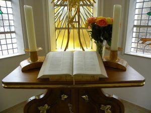 altar-279372_640