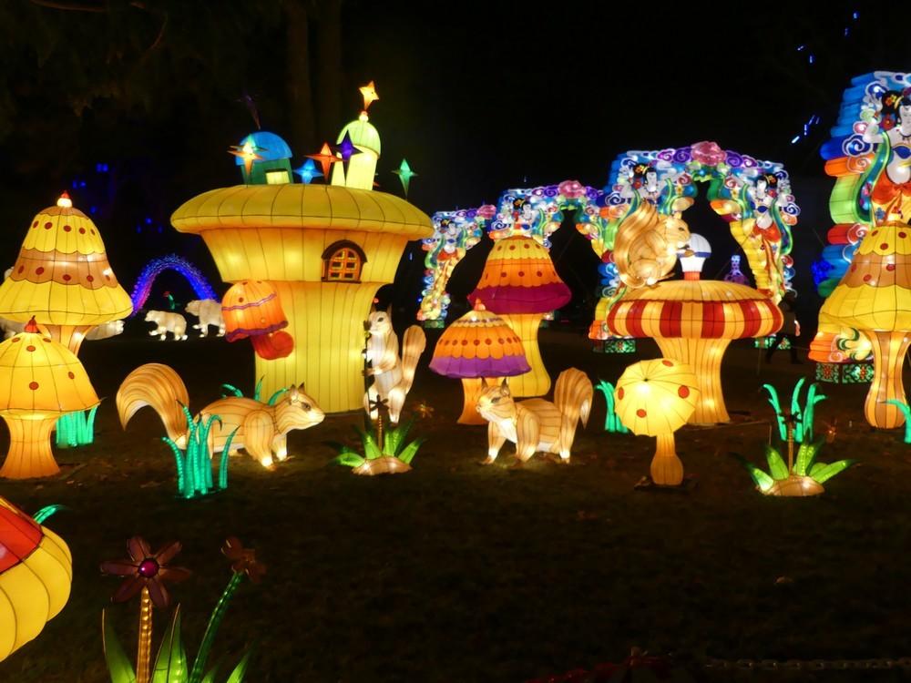 La clairière des écureuils, au Festival des lanternes chinoises, à Gaillac...