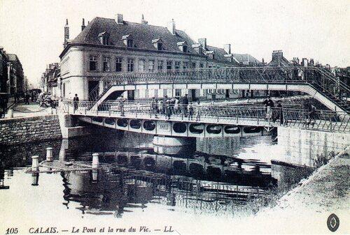 Le pont de Vic