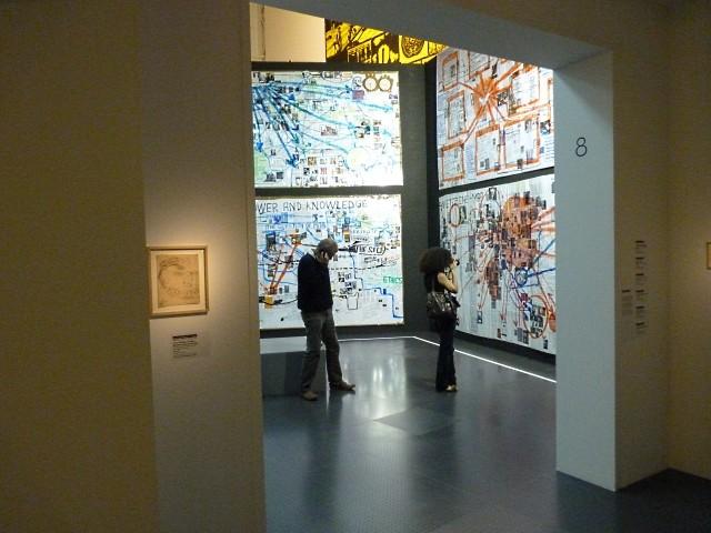CPM Metz Exposition ERRE - Marc de Metz 2011 28
