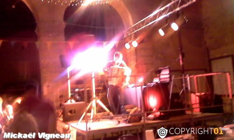 hier soir pour ce 15 Août,restaurant,concert Mickaël Vigneau et feu d'artifice dans les jardins du château de Cadillac