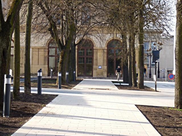 Gag Chantier place République Metz 8 15 03 10-copie-1