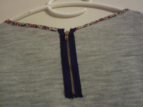 Couture du dimanche: pull passepoilé