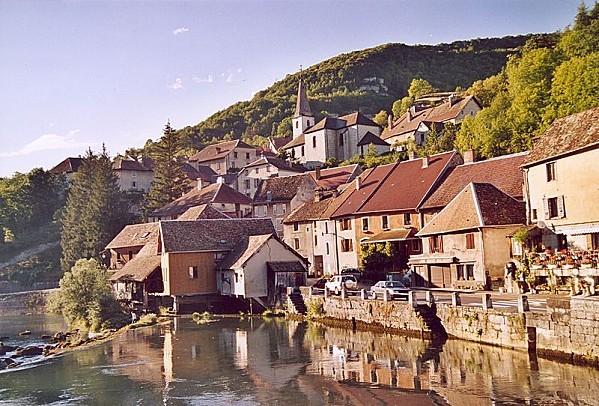 village-de-lods.jpg