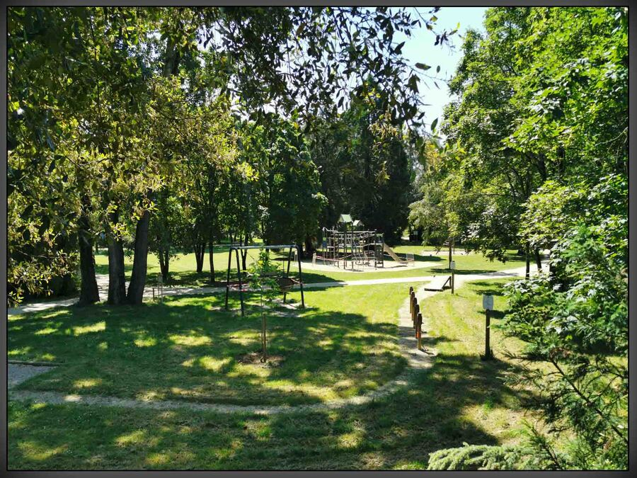 « Le  parc de la Sablière »