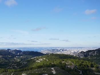 Et de ce côté, Marseille