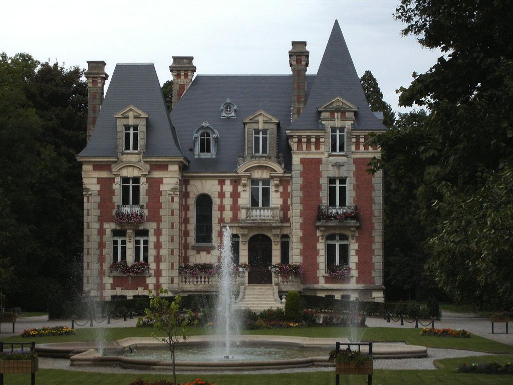 Livarot - Manoir de l'Isle.jpg