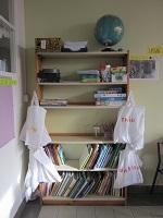 Les réserves de fournitures des élèves de CE1 B