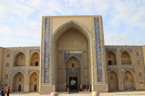 madrasas Abdulaziz khan et Oulougbek