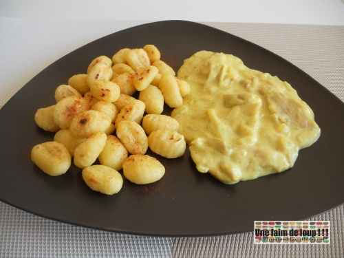 Poulet sauce curry et ses gnocchis croustillants