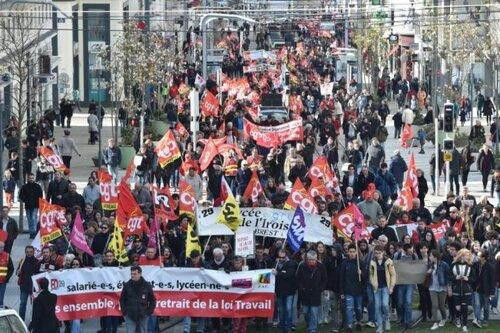 31 mars 2016....Immense mobilisation-Une seule issue : LE RETRAIT (communiqué de la CGT)