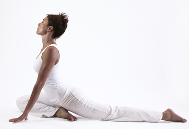 eka pada raja kapotasana pigeon ouverture bassin yoga&vedas