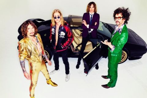 "THE DARKNESS - ""Happiness"" (Clip)"