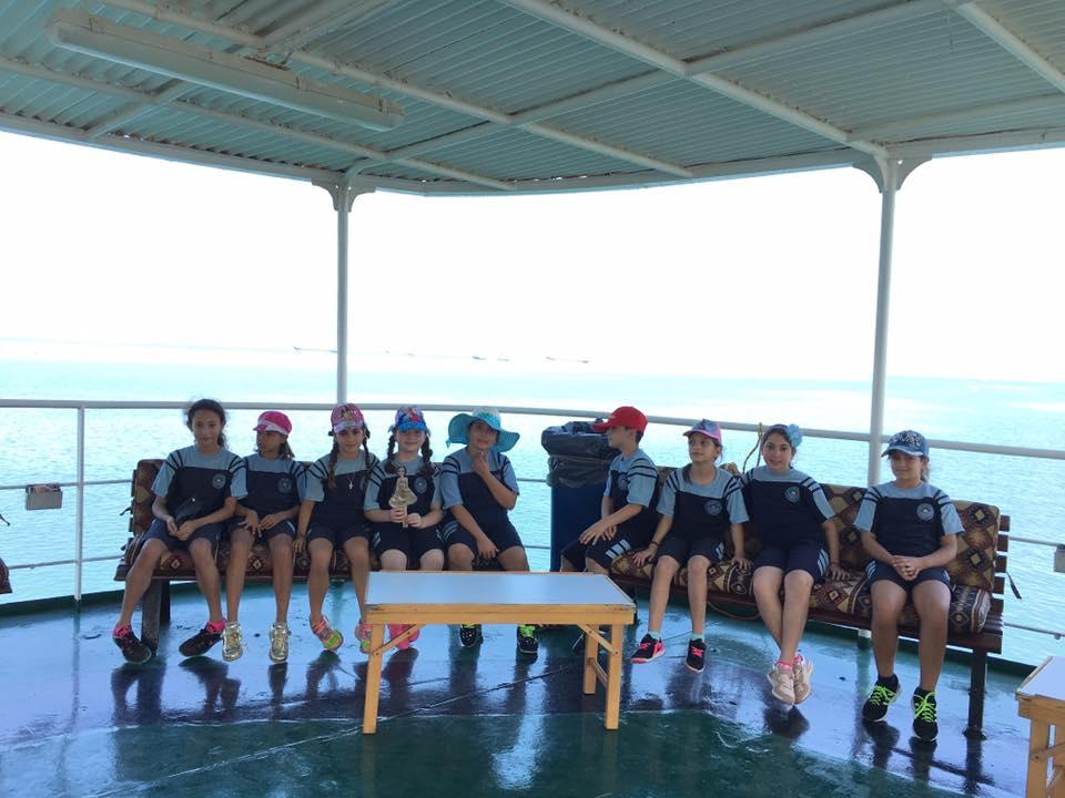 Visite du yacht Aida IV à El Mina.