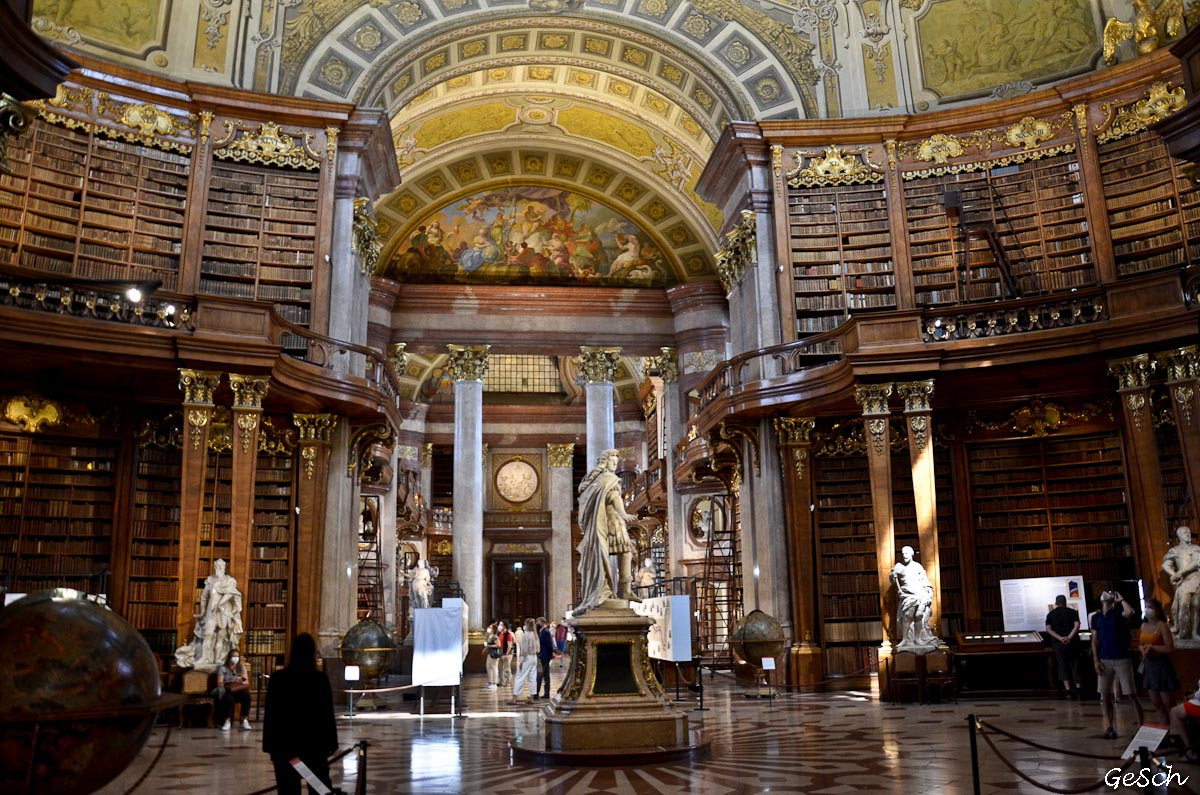 vienne autriche belvedere schonbrunn bibliotheque hundertwasser