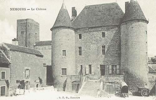 Le château de Nemours  (Seine et Marne)