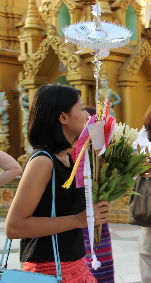 La pagode Shwe Dagon à Rangoon (Birmanie)