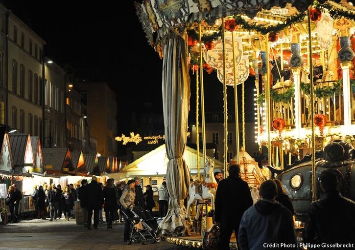 Manège au marché de Noël de Metz
