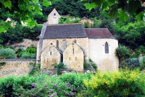 La petite église architecture romane