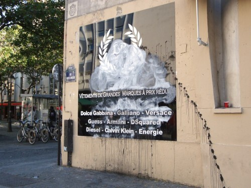 Street-art-Quincampoix-publicite-2196--1-.jpg