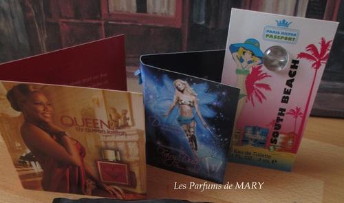 """Pochette de parfums """"PARIS HILTON"""" et """"QUEEN LATIFAH""""....."""