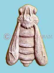 """biscuit réalisé dans un moule en bois personnalisé """"abeille"""" - Arts et sculpture: sculpteur figuratif"""
