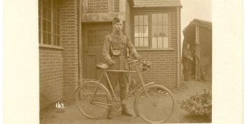 En 14-18, il n'y eut pas que les taxis de la Marne, mais aussi les vélos ...