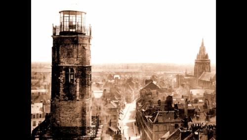 La tour du Guet miraculeusement préservée