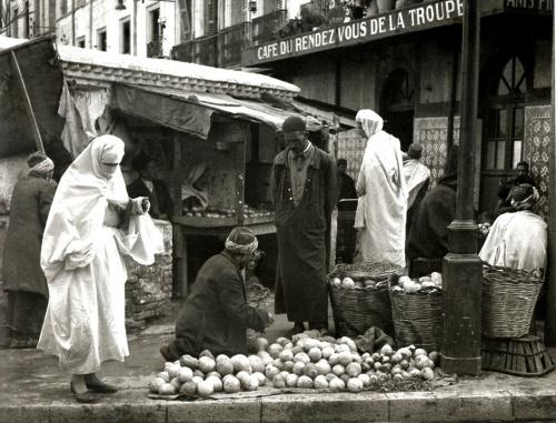 Algérienne voilée