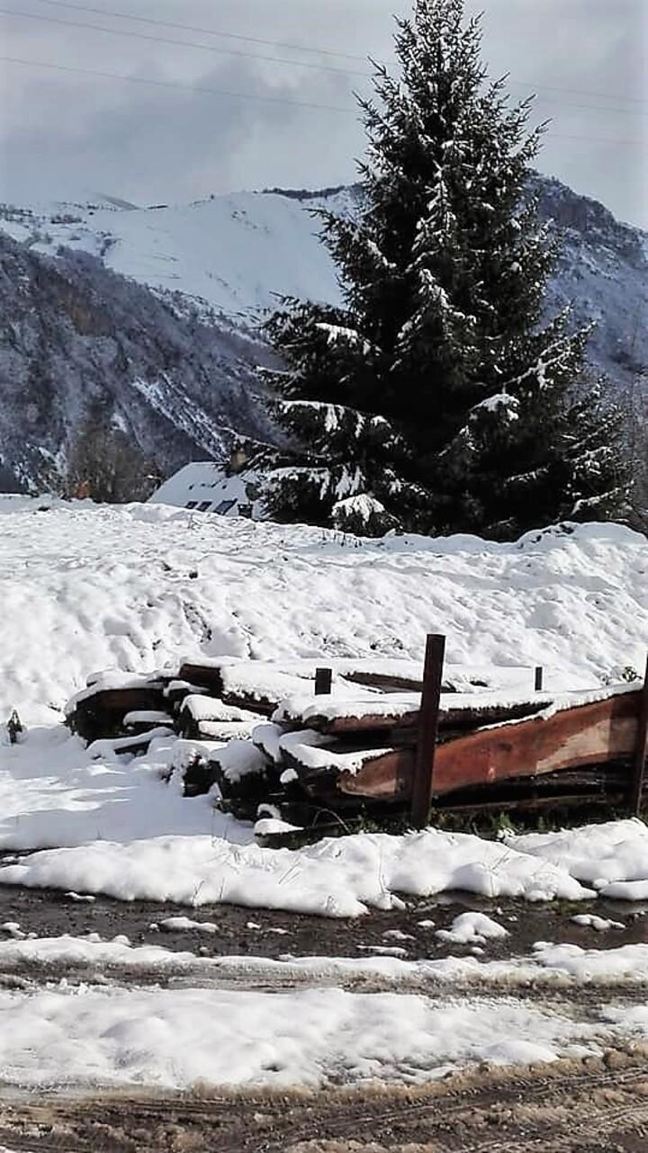 Neige en vallée d'Ossau...