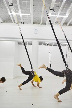 dance ballet class hooking bungee class
