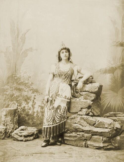 Découvrez la vie passionnante d'Alexandra David-Néel