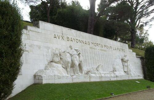 Monument aux Morts de Bayonne