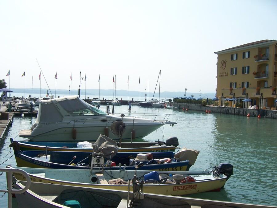 LE    LAC    DE    GARDE    EN    ITALIE     (2)