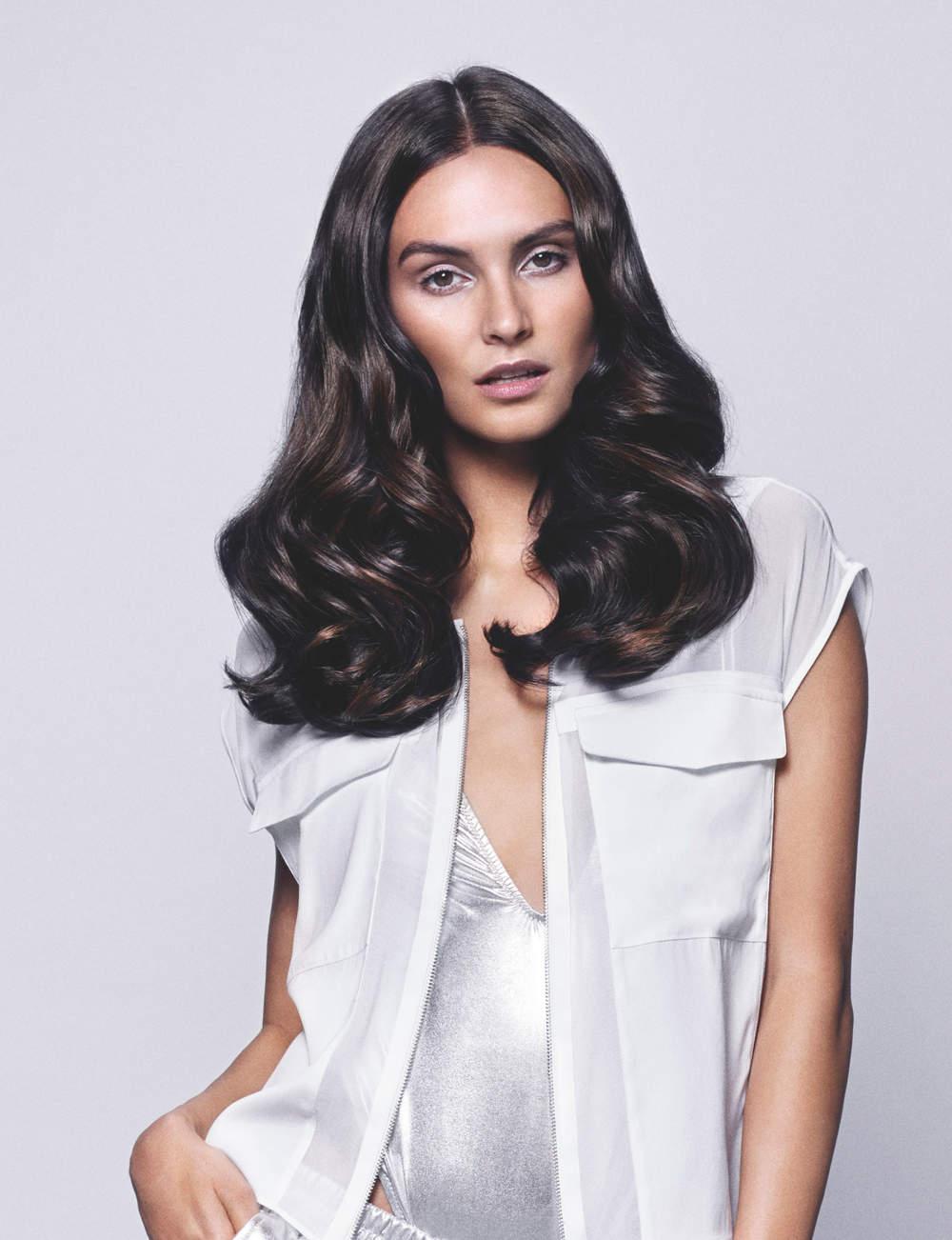 Une coupe longue sur cheveux épais