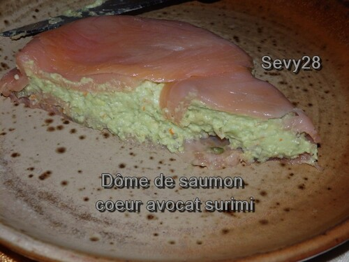 Dome de saumon coeur avocat surimi