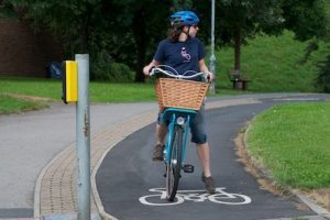 Cycling_Basket_in_cyclelane