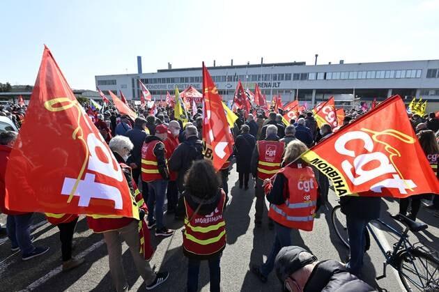 Le 23mars 2021, un millier de personnes ont manifesté en soutien à la Fonderie de Bretagne de Caudan, près de Lorient.