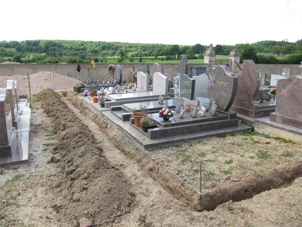 Aménagements dans le cimetière