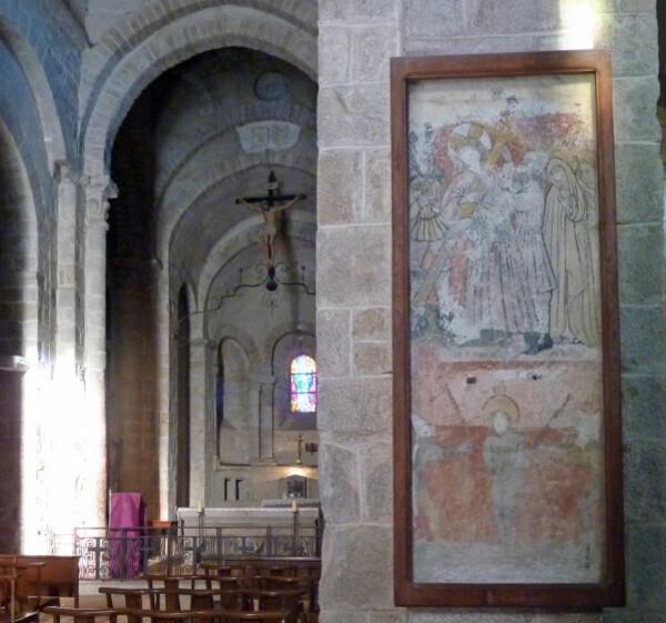 Peintures-murales-dans-l-eglise.jpg