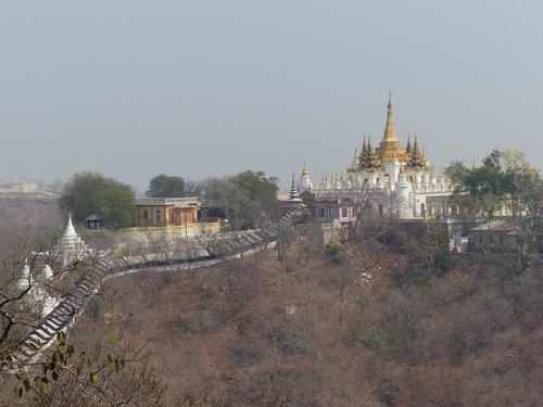 la pagode Soon U Ponnya Shin sur les hauteurs de Saraing