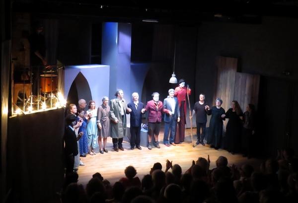 """""""Fais le tour..."""", une adaptation géniale de Peer Gynt d'Henrik Ibsen, par la Compagnie de Gens, a enchanté l'été Châtillonnais 2018..."""