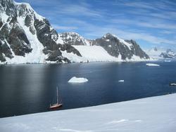 Voile et ski en Antarctique en janvier 2014